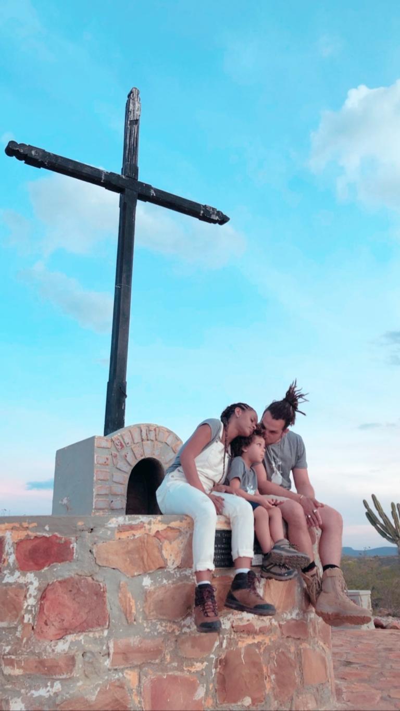 Igor Rickli visita o sertão com a família