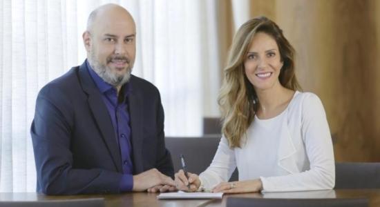 Monalisa Perrone assina contrato com CNN