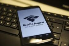 Receita Federal paga 2° lote de restituição do Imposto de Renda nesta quarta