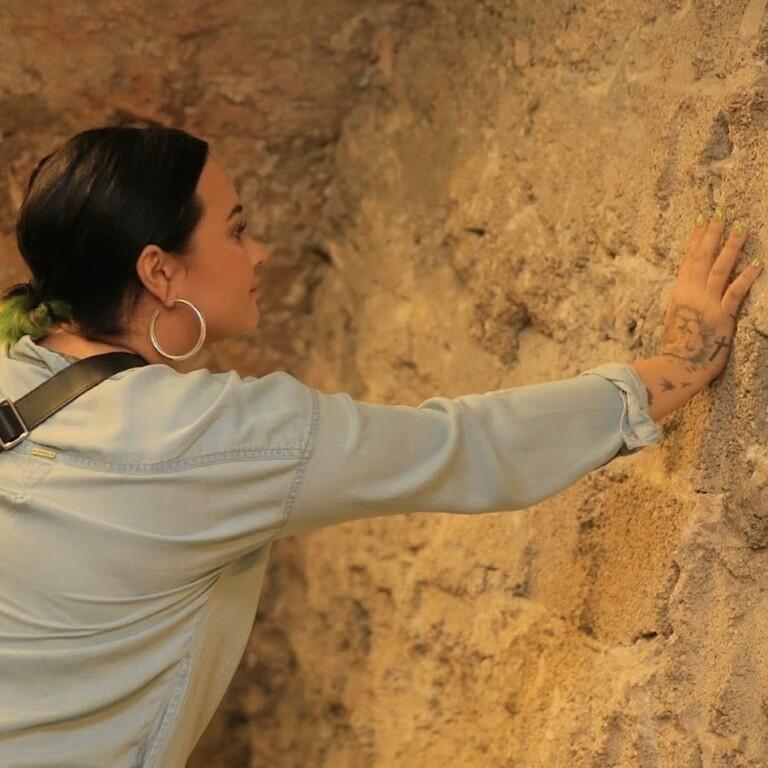 Demi Lovato compartilhou fotos em Israel