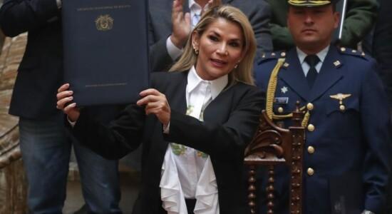 Presidente interina da Bolívia, Jeanine Añez