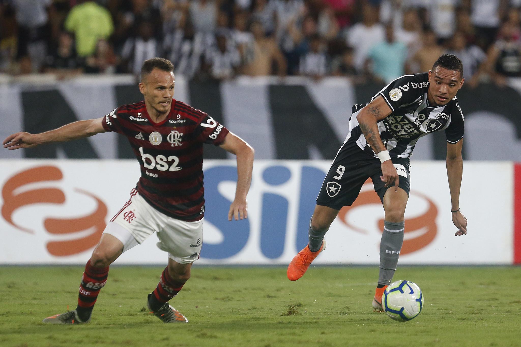 Flamengo derrota o Botafogo