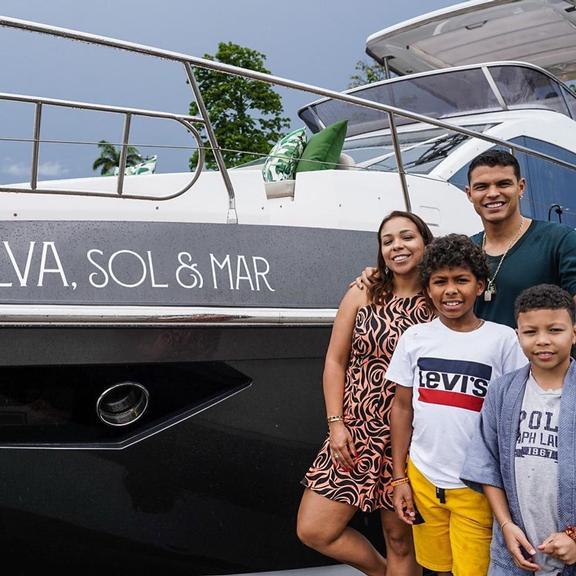 Iate de Thiago Silva custou quase R$ 6 milhões