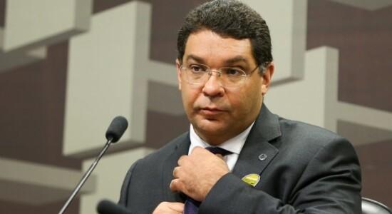 Mansueto Almeida