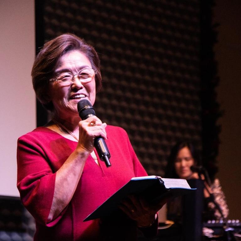 Sarah Hayashi, fundadora da Zion Church