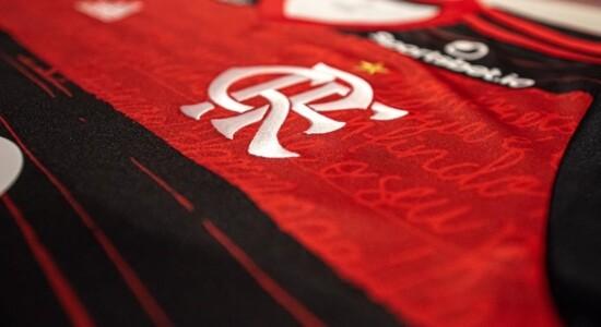 Flamengo anuncia acordo com jogadores para reduzir salários