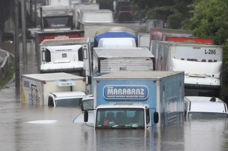 Chuvas castigam a cidade de São Paulo