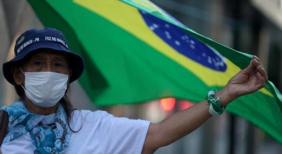 Brasil tem 553 mortes por Covid-19