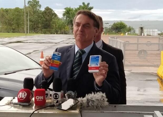 """Bolsonaro defende cloroquina: """"Quem não quer, não toma"""""""