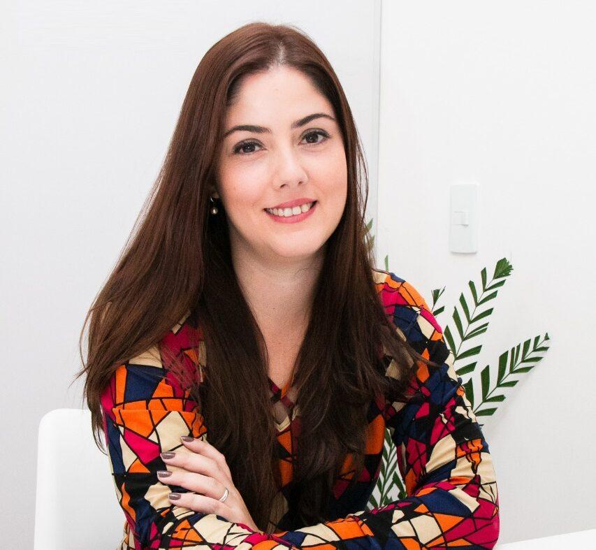 Aline Rodrigues, educadora financeira e colunista