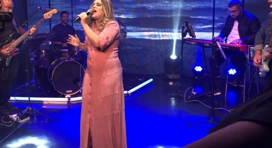 Sarah Farias em Acústico 93 FM