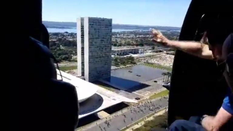 Brasília é marcada por manifestações pró-Bolsonaro
