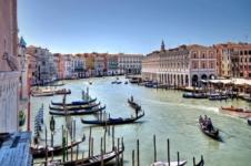 Veneza está reaberta para o turismo e livre da Covid-19, diz líder regional