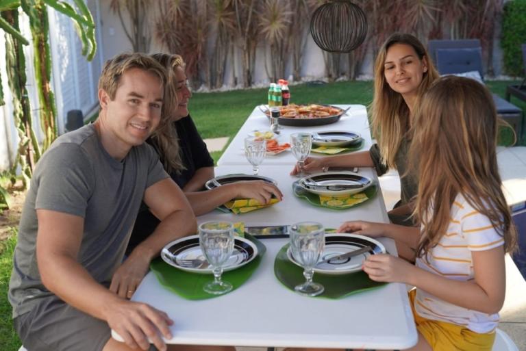 Chris Durán comemora aniversário em família