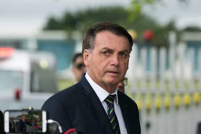 """Bolsonaro cita Lei de Abuso de Autoridade em """"recado"""" ao STF"""