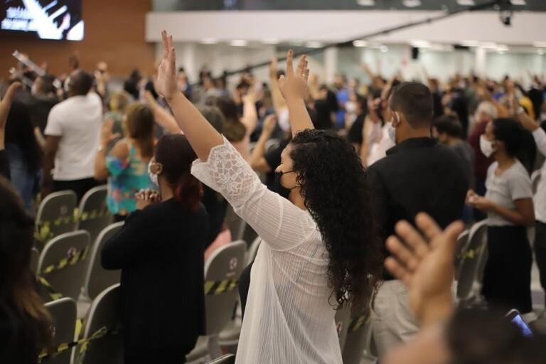 ADVEC realizou culto presencial neste domingo