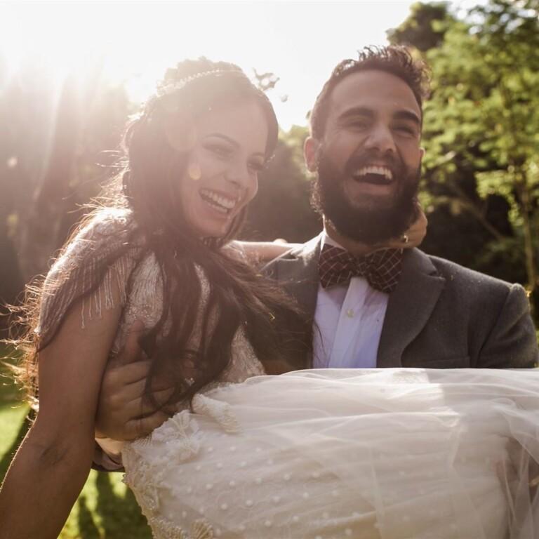 Marcela Taís e Samuel Antunes completaram seis meses de casados