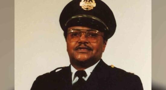 Policial negro aposentado foi morto após ação de saqueadores