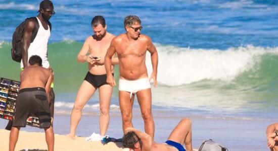 Renato Gaúcho furou a quarentena para ir à praia