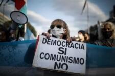 Argentinos protestam contra Alberto Fernández