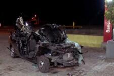 Carro de cliente ficou totalmente destruído