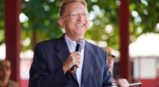 Deputado federal João Campos é pastor há 24 anos