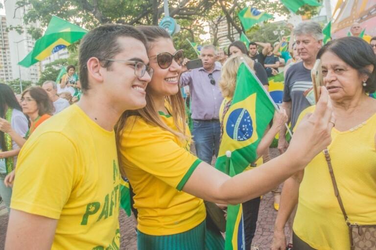 Ainda jovem, Carmelo Neto já participa do meio político