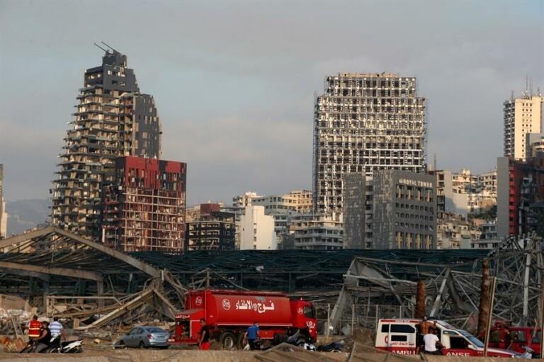 Explosão em zona portuária devastou Beirute, capital do Líbano