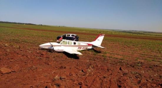 Avião interceptado em Ivinhema com 700 quilos de cocaína