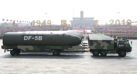 China simula ataque a base aérea dos EUA