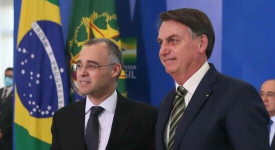 Presidente Jair Bolsonaro e ministro da Justiça, André Mendonça