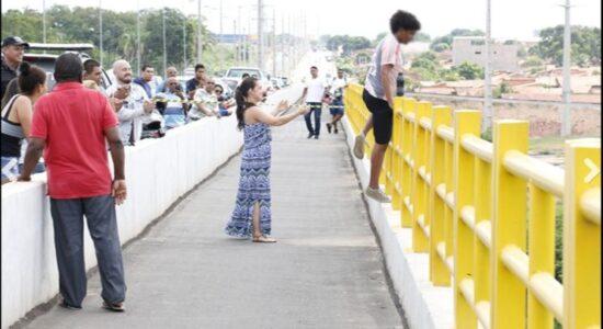 Psicóloga salvou garoto que tentou se jogar de ponte