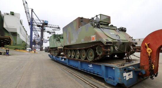 Tanque de guerra doado pelos EUA