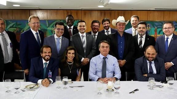Bolsonaro almoçou com pastores e deputados
