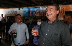 Presidente Jair Bolsonaro fez piada com guaraná rosa
