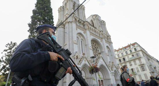 Brasil condena ataque em Nice, na França