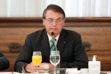 Bolsonaro citou que o Brasil tem sido visto positivamente no exterior