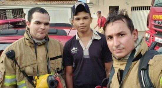 Daniel, de apenas 17 anos, salvou uma família de um incêndio