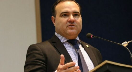 Jorge Oliveira foi aprovado por comissão do Senado