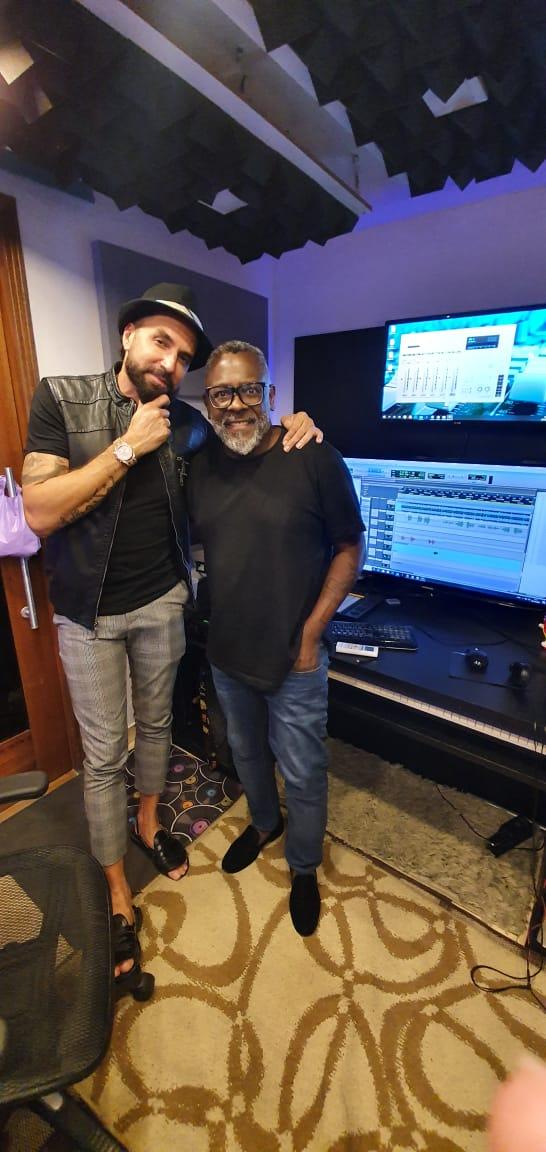 Kleber Lucas e Latino gravaram música juntos