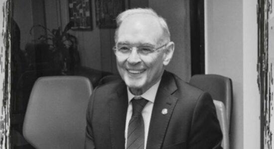 PSL e PSD fizeram homenagem para Arolde de Oliveira