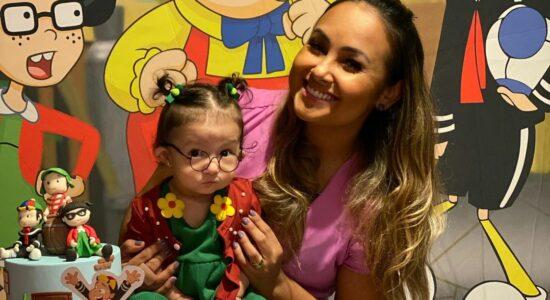Bruna Karla comemora 8 meses da filha: Tá voando