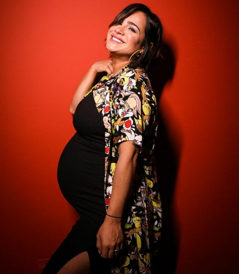 Daniela durante gravidez de seu primeiro filho com o esposo, André Nine