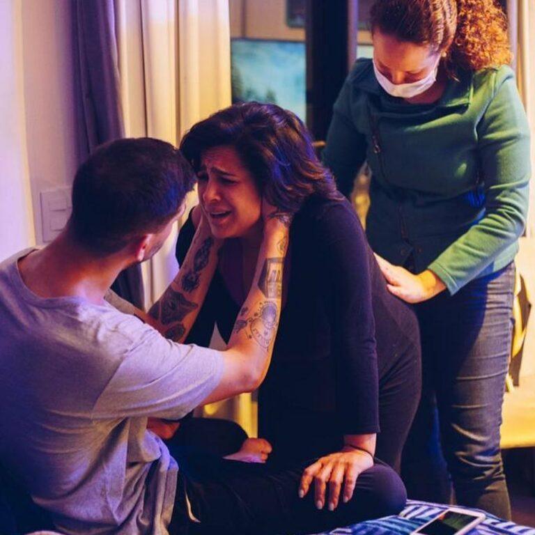 Daniela Araújo fala sobre parto de seu 1º filho:
