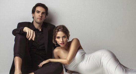 Kaká e Carol Dias