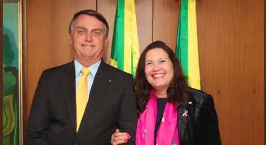 Presidente Jair Bolsonaro e deputada Bia Kicis