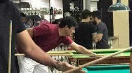 Mandetta foi flagrado jogando bilhar em bar na cidade de Campo Grande