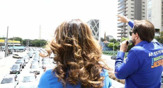 Em São Paulo, Marcha para Jesus tem carreata e show drive in