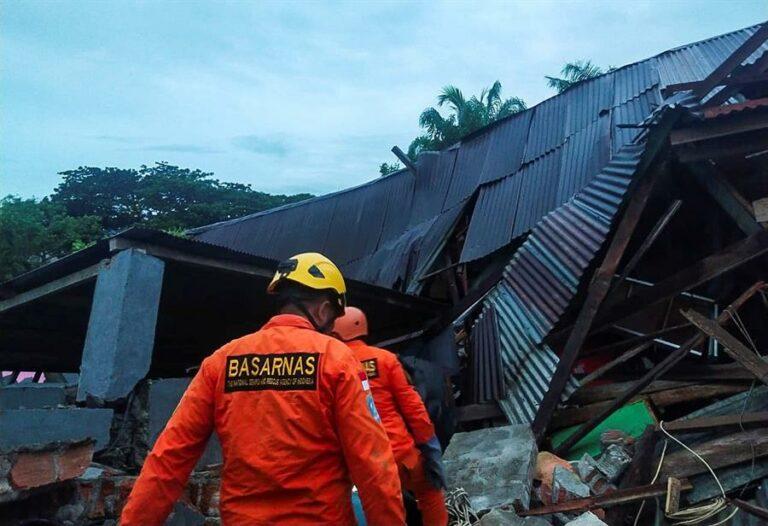 Terremoto deixa mortos e feridos na Indonésia