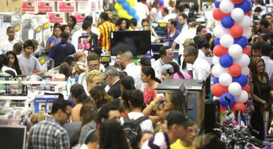Comércio de Manaus voltará a ser fechado